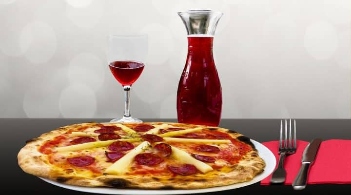 10 wine and pizza pairings you need in your life