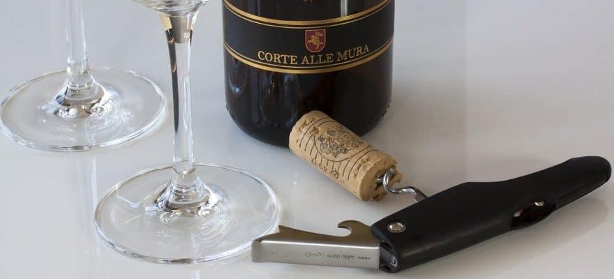 wine key corkscrew bottle opener